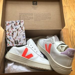 Madewell X Veja Leather Sneakers Lilac